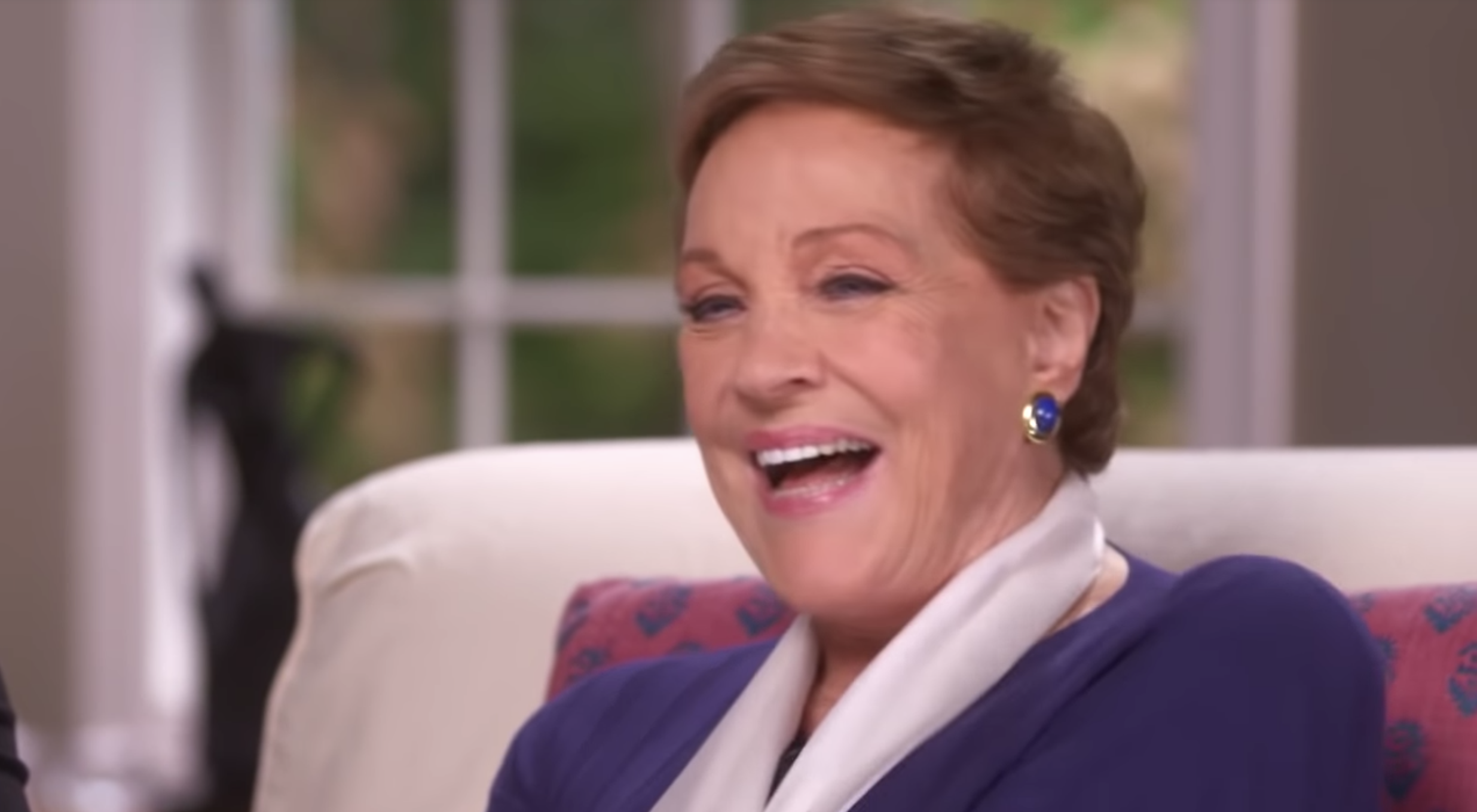 Julie Andrews Opens Up About the Surgery That Ended Her Singing Career