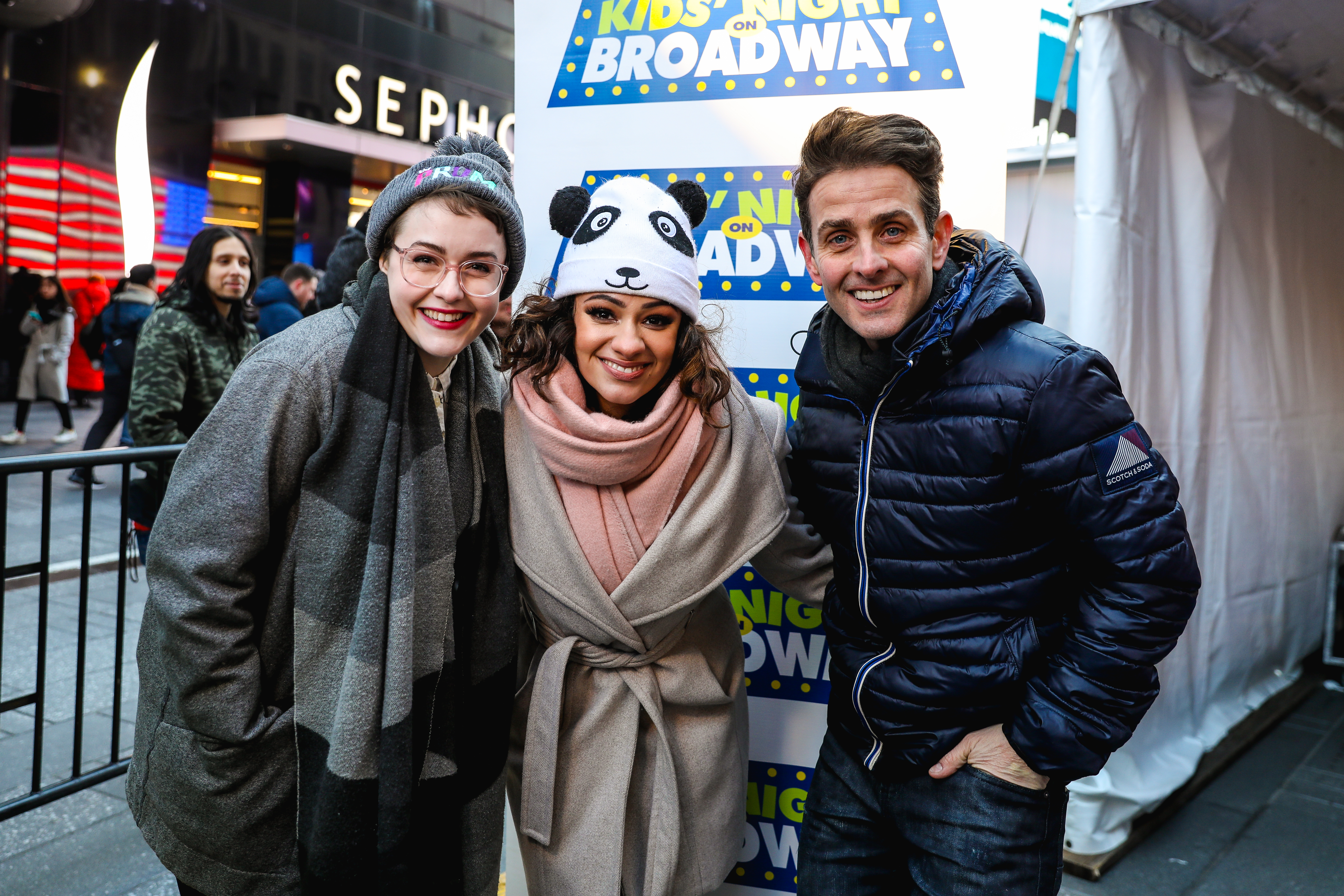 24eabaf02e See Joey McIntyre, Caitlin Kinnunen, and Isabelle McCalla Celebrate Kids'  Night on Broadway