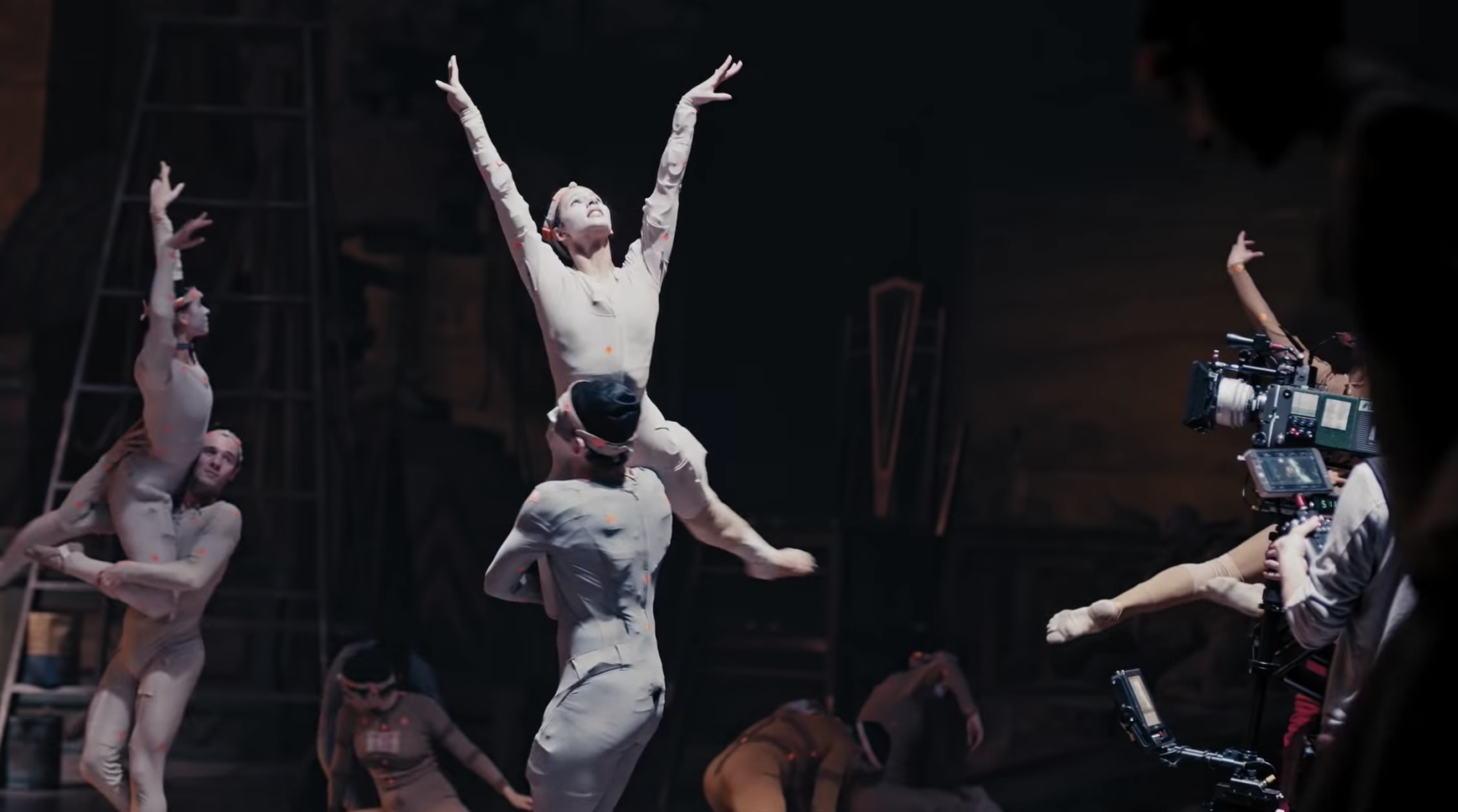 Learn About the Cats Film Choreography With Jennifer Hudson, Francesca Hayward, and More